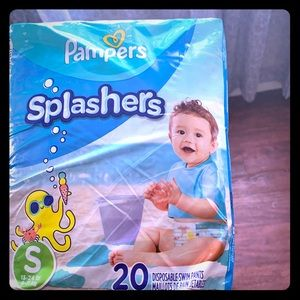 Swimming pampers